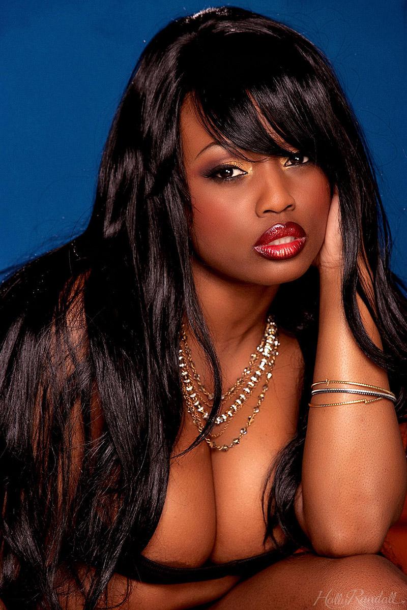 Jada Fire Curvy Ebony Porn Star with Huge Boobs